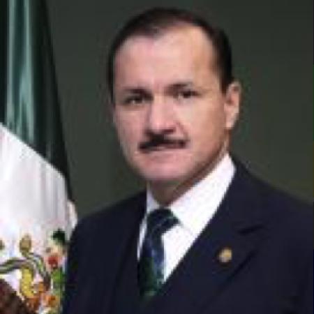 IQ. Lázaro Vargas Guerra